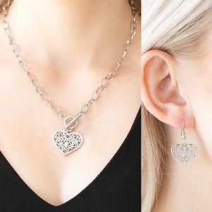 ❤️Victorian Romance Necklace Set